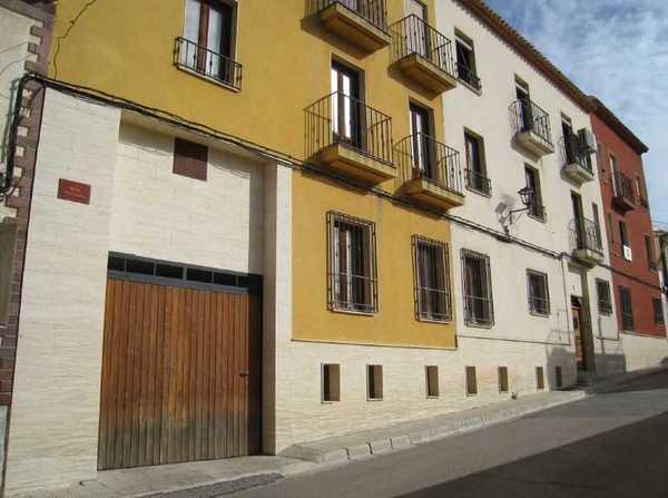2 subastas de casas y pisos de hacienda en chinchilla de for Subastas de pisos