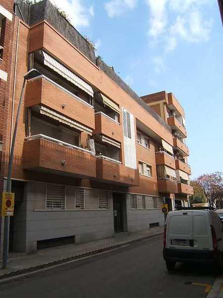 68 subastas p blicas de casas y pisos en cornell de llobregat barcelona alertasubastas - Casas de subastas en barcelona ...