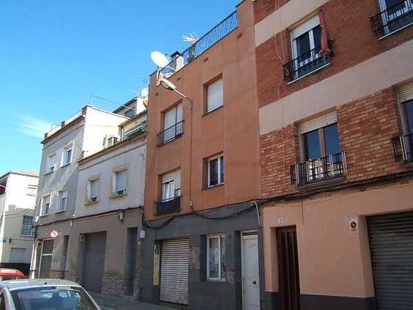 3 subastas de casas y pisos de la agencia tributaria en vilanova del cam barcelona - Casas de subastas en barcelona ...
