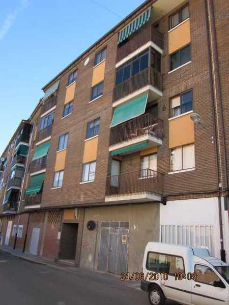 2 subastas de casas y pisos de la agencia tributaria en medina del campo valladolid - Subastas de pisos en barcelona ...