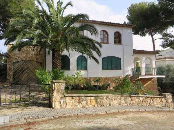1 subastas de casas y pisos de hacienda en torredembarra for Subastas de pisos