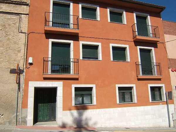 2 subastas de casas y pisos de la agencia tributaria en dena barcelona alertasubastas - Casas de subastas en barcelona ...