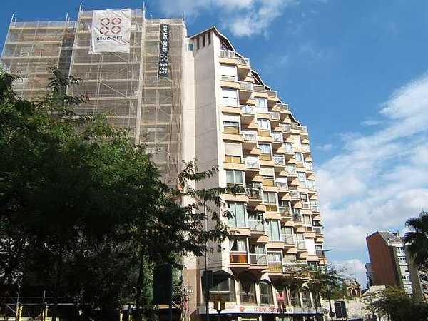 Subasta de vivienda en calle saragossa 132 barcelona for Subastas pisos barcelona