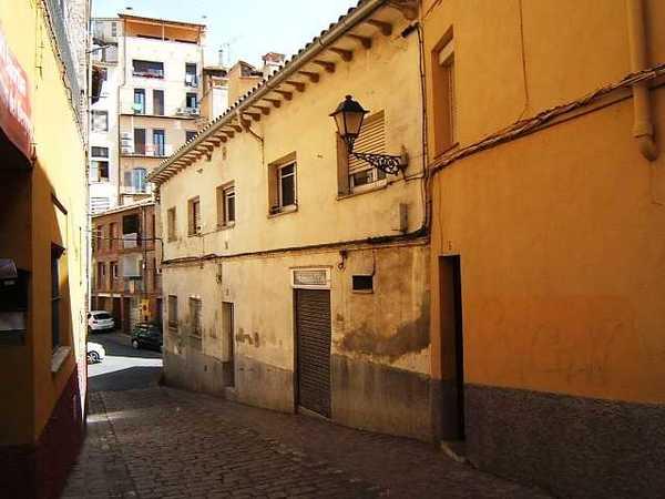 8 subastas de casas y pisos de hacienda en berga barcelona alertasubastas - Subastas de pisos en barcelona ...