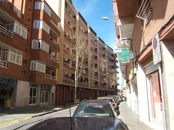 2 subastas de casas y pisos de la agencia tributaria en rub barcelona alertasubastas - Casas de subastas en barcelona ...