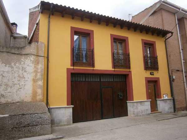 2 subastas de casas y pisos de la agencia tributaria en astudillo palencia alertasubastas - Subastas de pisos en barcelona ...
