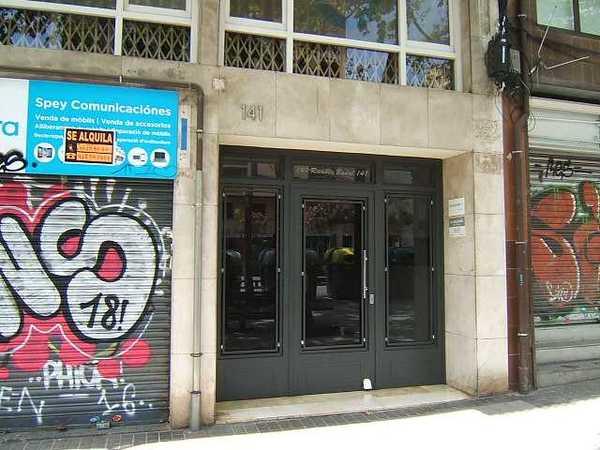 Subasta de vivienda en calle badal 141 barcelona alertasubastas - Casas de subastas en barcelona ...